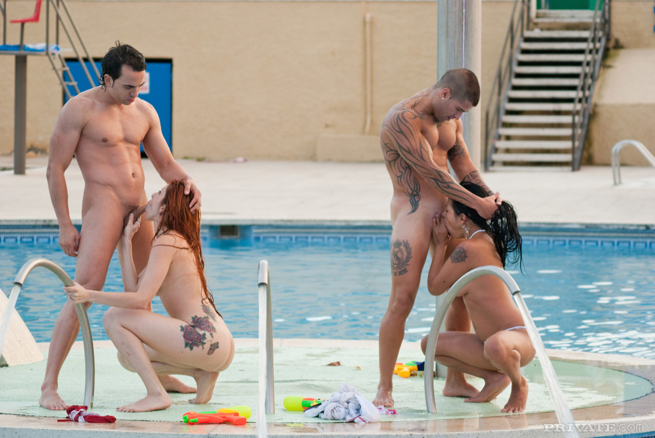 Women fucking by the pool
